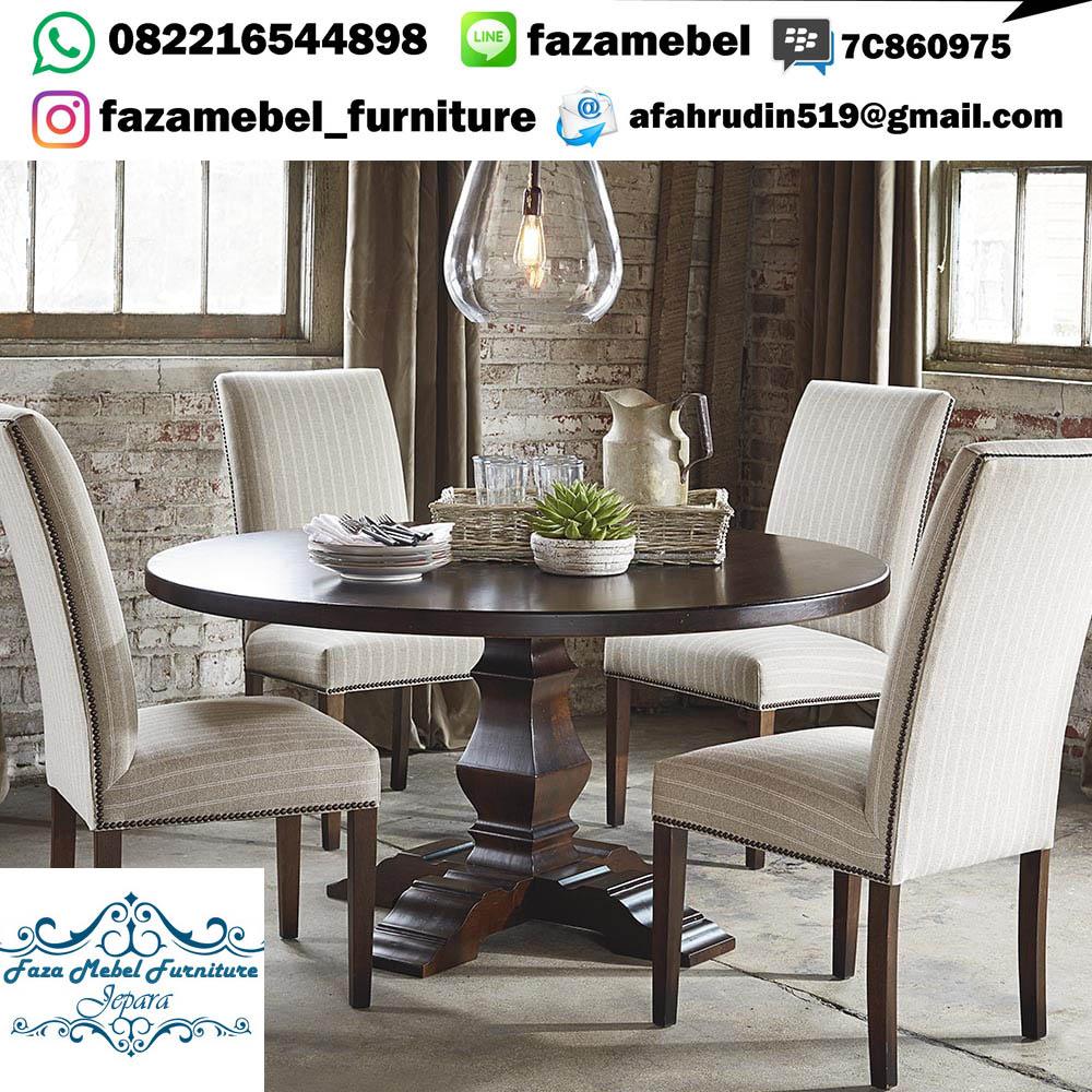 meja-makan-4-kursi-terbaru (1)
